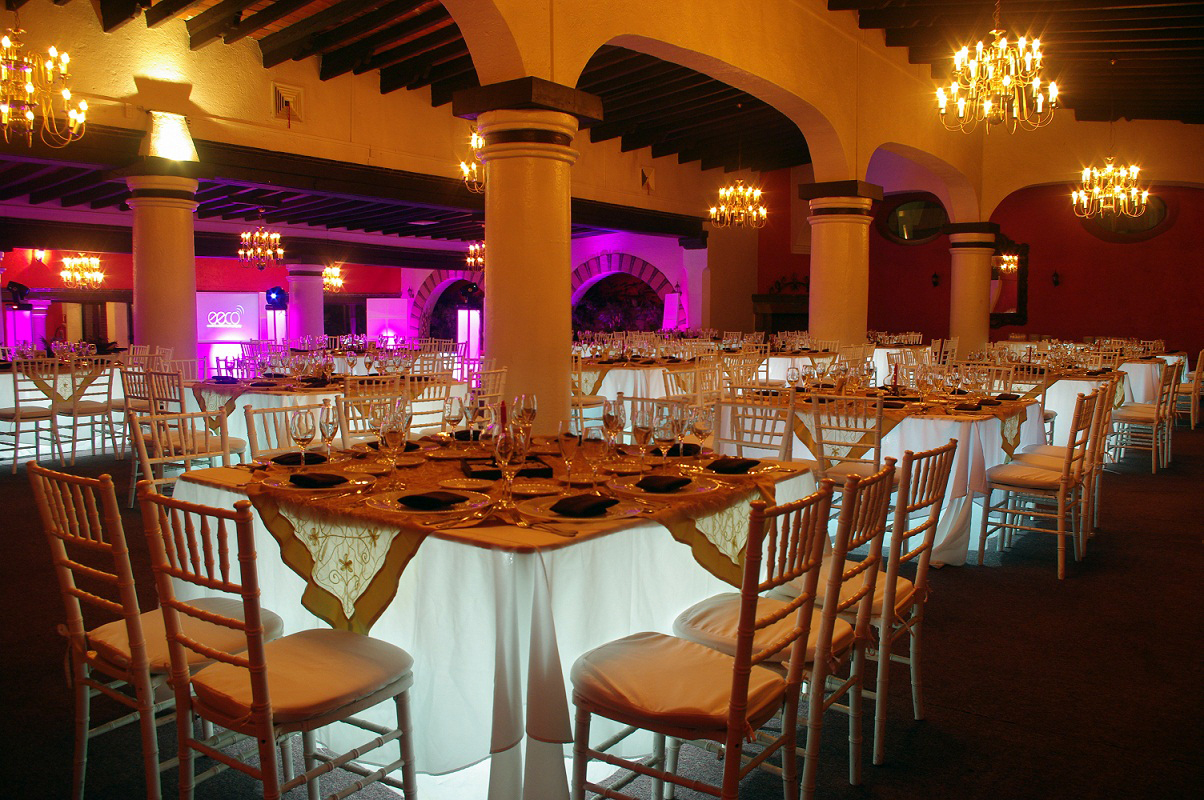 Jardines para graduaciones mexico for Jardines bodas df