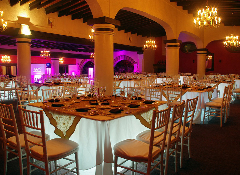 Salones de fiesta de 15 a os en m xico grupo mont blanc for Decoracion de salon de eventos para 15 anos
